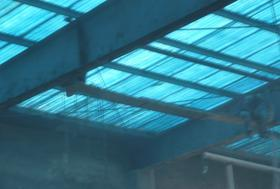 厂房采光板维修更换