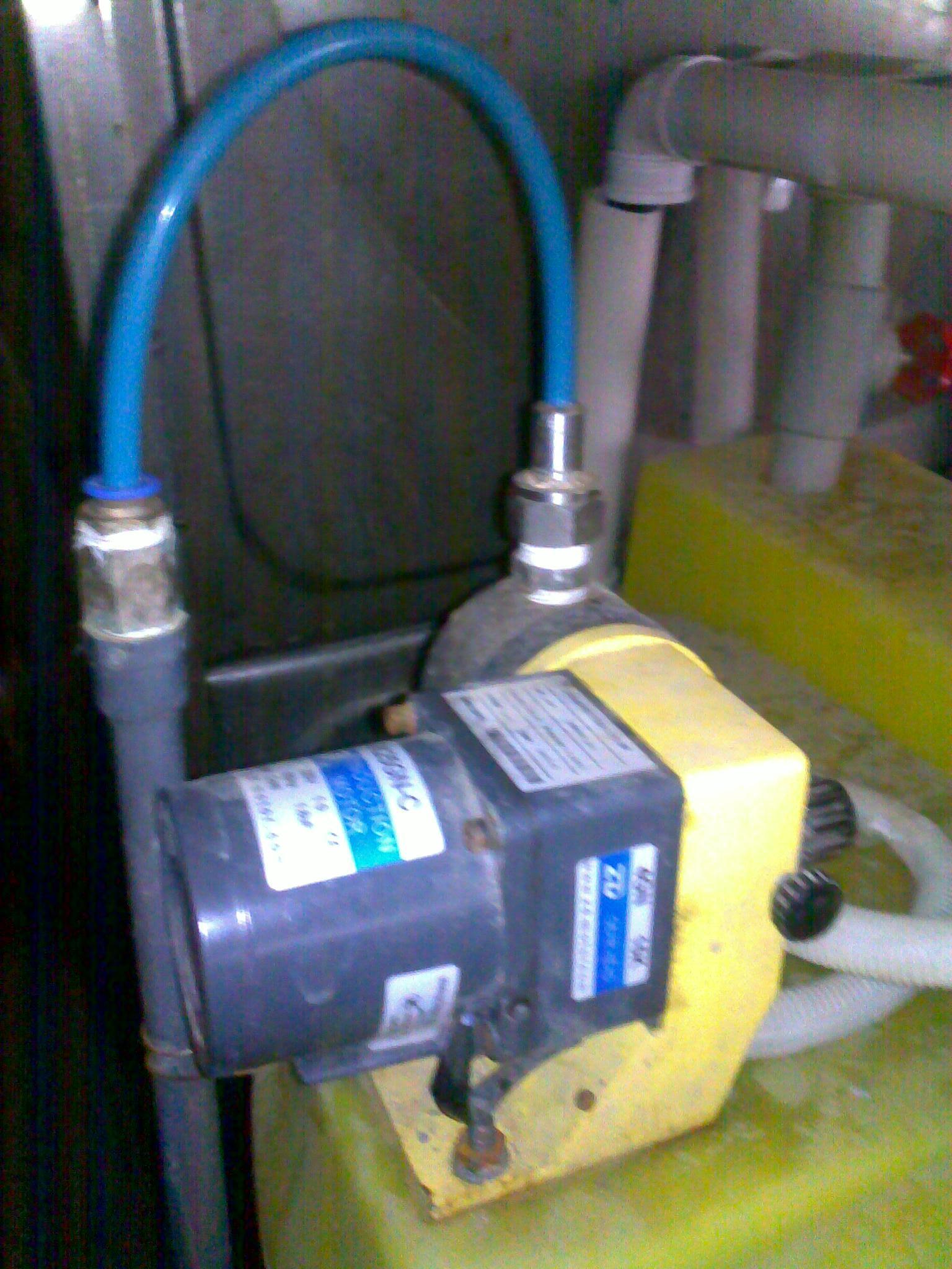 米顿罗计量泵结构图