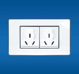 二联多功能插座