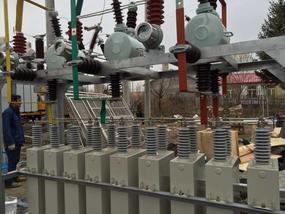 ZRTBBZW-10.5-3000/250户内组装式电容器电压无功补偿装置