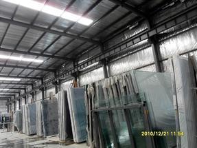 汽车展厅15毫米钢化玻璃—5米6米7米8米吊挂安装