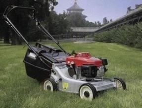 园林绿化草坪修剪机 本田剪草机