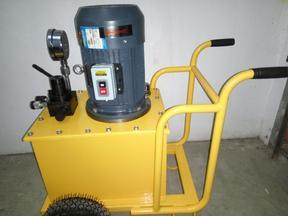 博尔塔拉州880吨柴油电动液压劈裂机开山机
