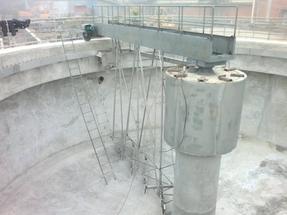河北刮泥机/厂家直供刮泥机/刮吸泥机