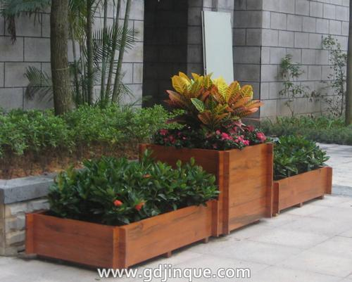 防腐木花槽,道路隔离花箱,种植箱,路边木花箱