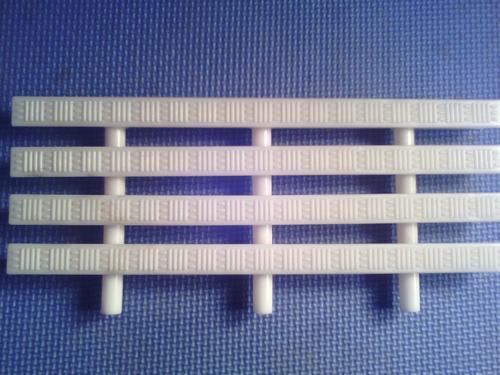属于游泳池工程配件的一种,也叫格栅,防滑渠面格栅,泳池格栅,泳池水