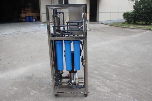 3)控制:水箱配置高水位浮球阀和低水位液位开关.图片
