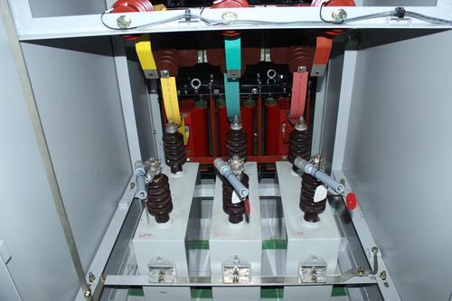 动态无功补偿装置在低压配电系统中的应用