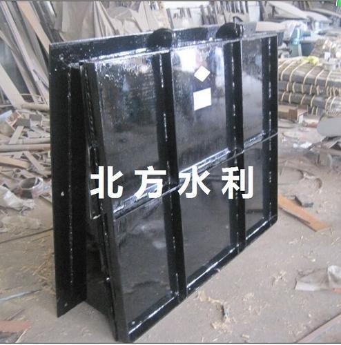 北方水利节能型侧开式拍门