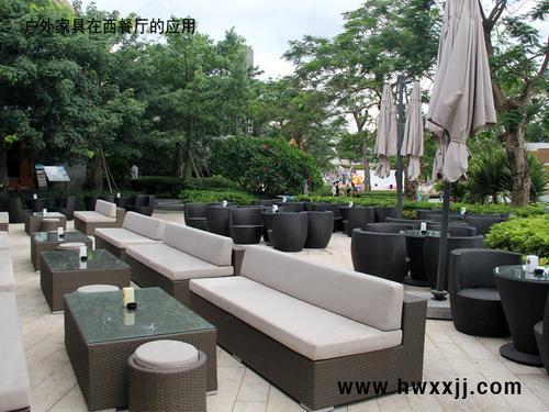 商业街餐厅外摆桌椅户外酒吧桌椅露天咖啡厅家具