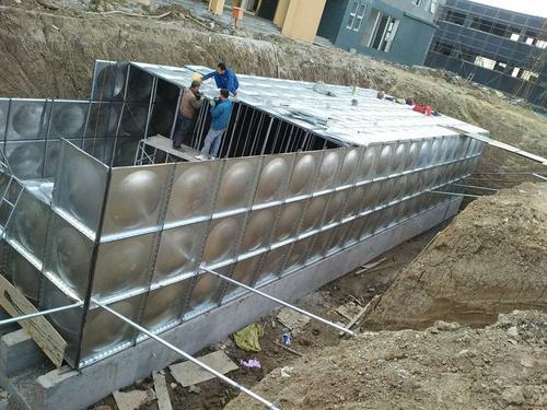 玻璃钢地埋式水箱设计灵活性大,壁结构性能优异,产品工作温度在-50