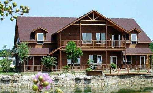 兰州防腐木木屋移动小木屋 装配式木屋安装就是快