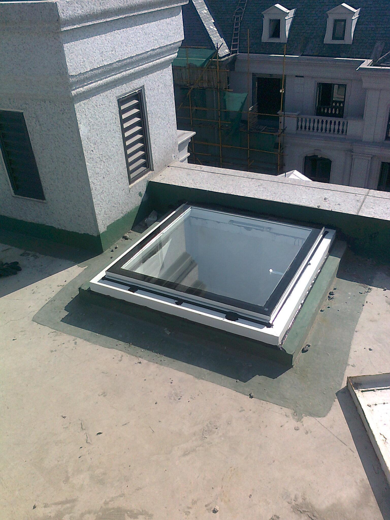 别墅屋顶检修口