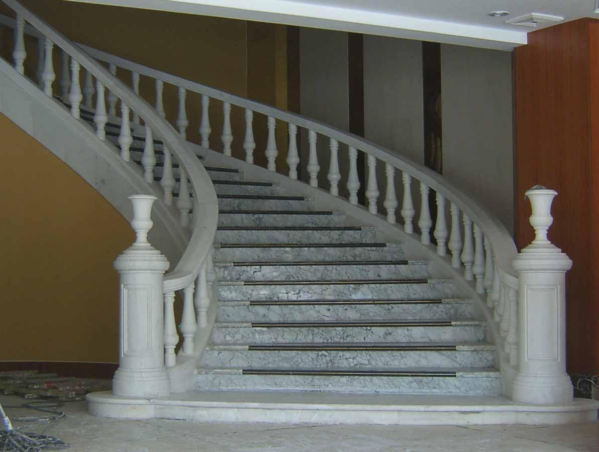 天然大理石旋转楼梯3