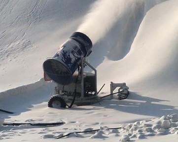 河北石家庄西部长青滑雪场