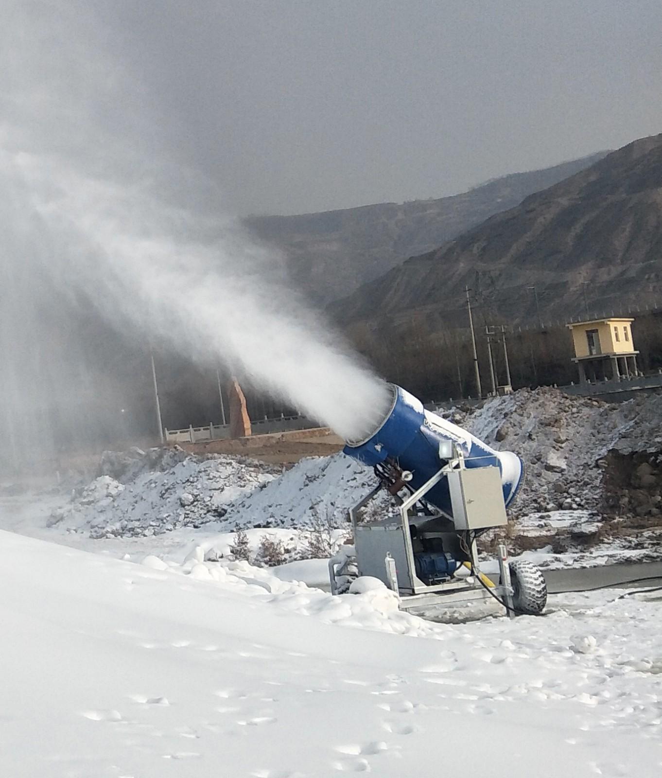 山东临沂茶山滑雪场