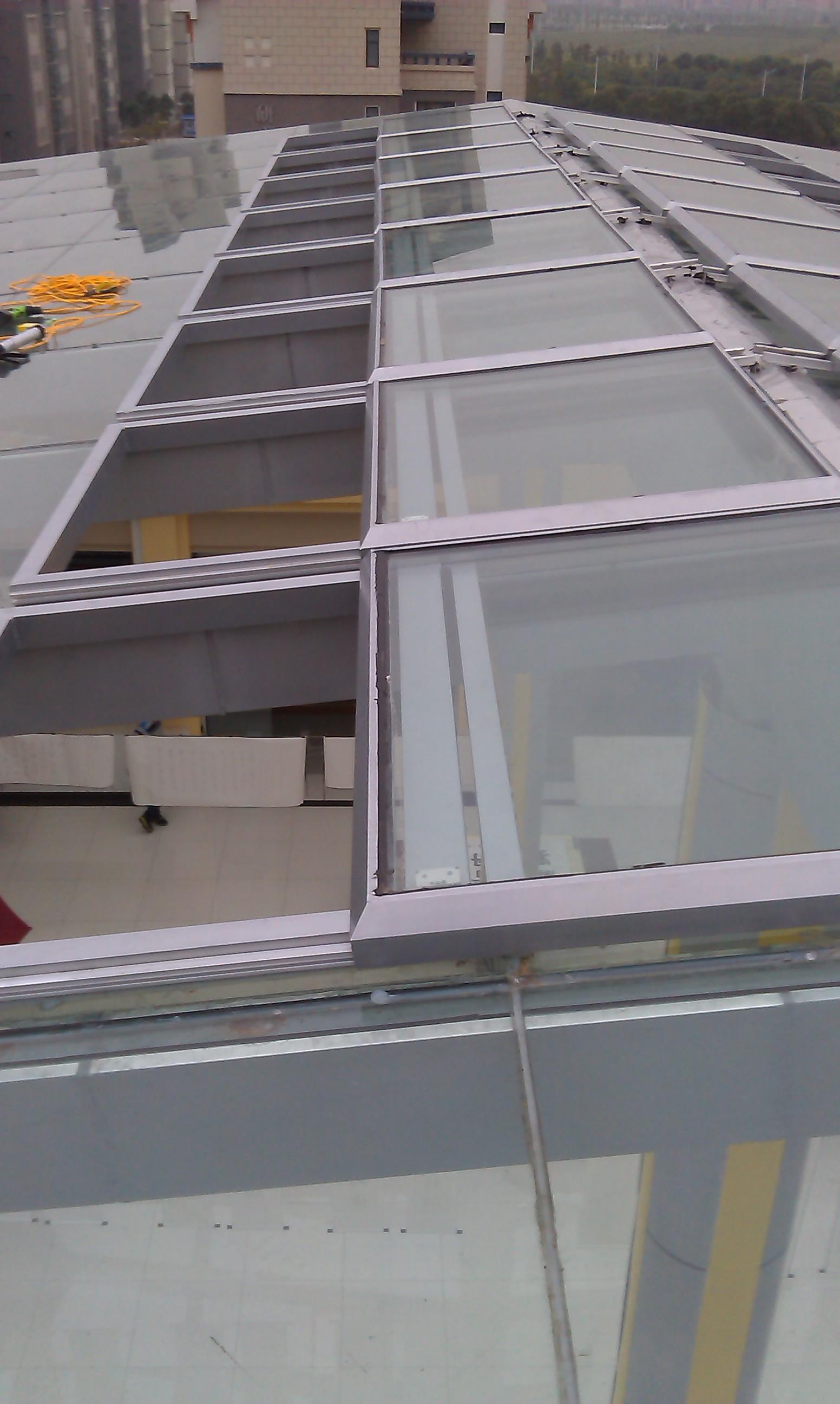 上海海洋学院平移排烟天窗