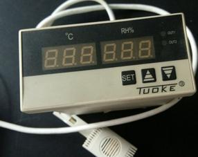 上海托克DH4-HT01B智能数显温湿度控制仪