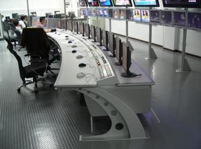弧形操作台生产厂家