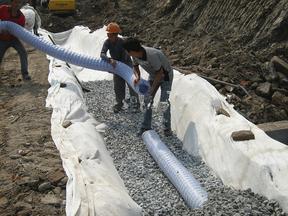 土工材料软式透水管厂家
