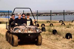 水陆两栖++智能型防汛抢险指挥车XX五星领航者水陆两栖全地形车