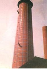 55米砖烟囱不停产加箍