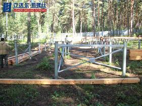 地螺丝基础生态木屋