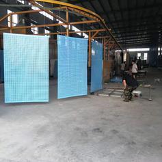 沈阳建筑工地高层防护网米字型圆孔金属爬架网片