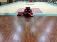 室内柞木体育运动地板厂家,弹性减震体育实木地板