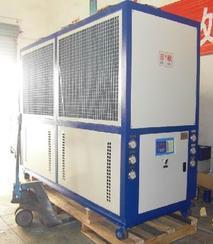 重庆风冷式恒温冷水机选型原理厂家直销