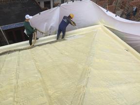 SWD2506聚氨酯喷涂硬泡沫建筑屋面隔热保温防水材料