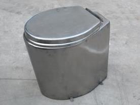 不锈钢水冲座便器