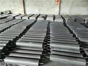 电极两头焊接φ150*800圆柱形接地模块5米间距为宜