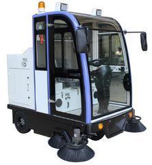北京小型电动扫地车公园扫地机SD2000QF驾驶式清扫车厂家供应