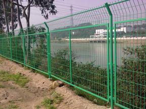 栅栏护栏网金属网钢丝网湖北钢丝围栏网厂家