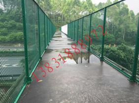 高速桥梁两侧用防护网