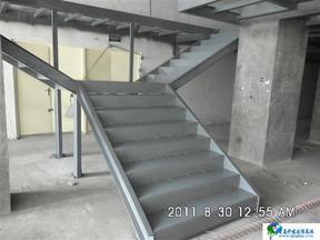 宁波钢结构楼梯制作与安装