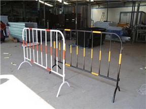 铁马隔离护栏@南充铁马隔离护栏@铁马隔离护栏厂家