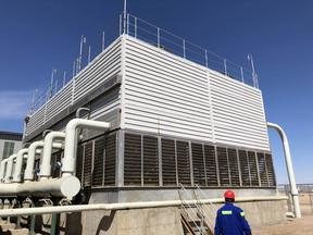 SWL-2245不锈钢横流冷却塔冬季停水