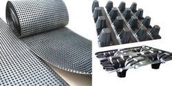 供应新型热熔排水板