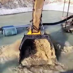 洗沙斗挖机水洗风化沙