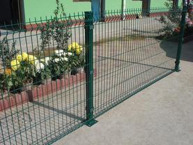 三角折弯护栏网|厂区隔离网|小区护栏
