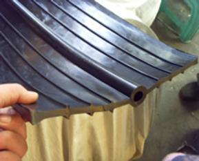 许昌中埋式橡胶止水带(CB350x8)