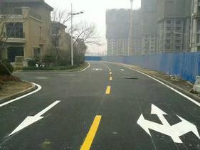 广州停车场划画线,广州马路划画线
