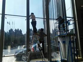 武汉玻璃贴膜窗户玻璃隔热膜防晒膜单向透视膜玻璃膜