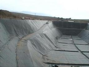 油库灌区防渗膜