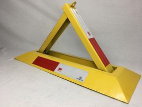 fys-510方便轻携好安装停车场手动防压锁车位锁实心板