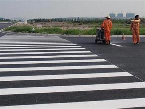 广州停车场划画线,广州马路划画线,广州通道划画线(广州纬邺交通设备)