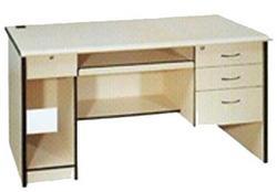 青岛三威办公家具有限公司专业生产办公桌