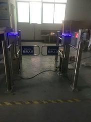 捷安创供库存带护栏电动圆柱摆闸,出口摆闸加工,收费机 红外感应